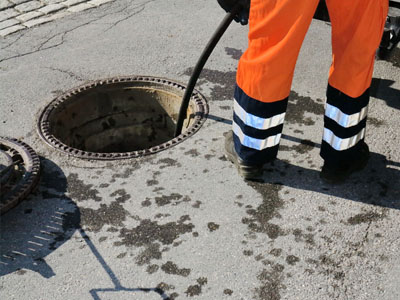 Industrial drain clearing Kenilworth